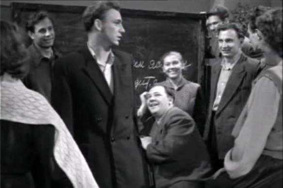 """Кадр из фильма """"Весна на Заречной улице"""" (1956)"""