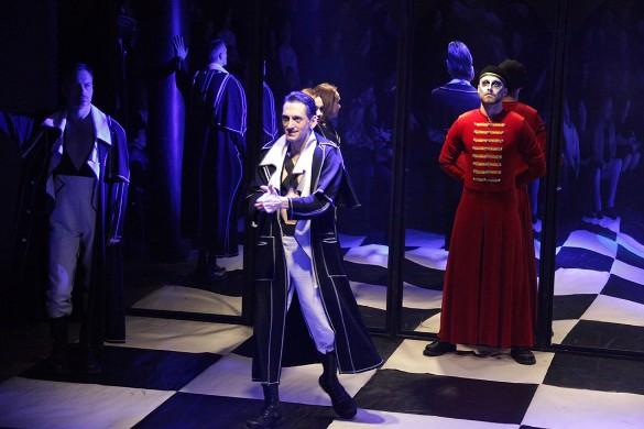 Фото: teatr-uz.ru/С.Тупталов
