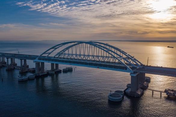 В конце года по Крымскому мосту поедут поезда. Фото: most.life