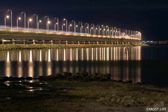 С момента открытия по Крымскому мосту проехали сотни тысяч автомобилей. Фото: most.life