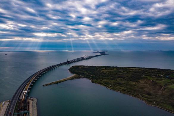 Безопасность Крымского моста обеспечивает мощная группировка. Фото: most.life