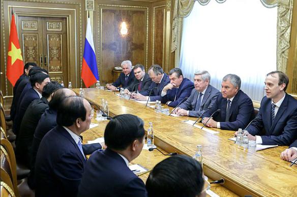 Вячеслав Володин и Нгуен Суан Фук. Фото: duma.gov.ru