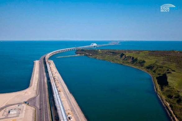 На Крымском мосту уложено 70% железнодорожных путей. Фото: most.life