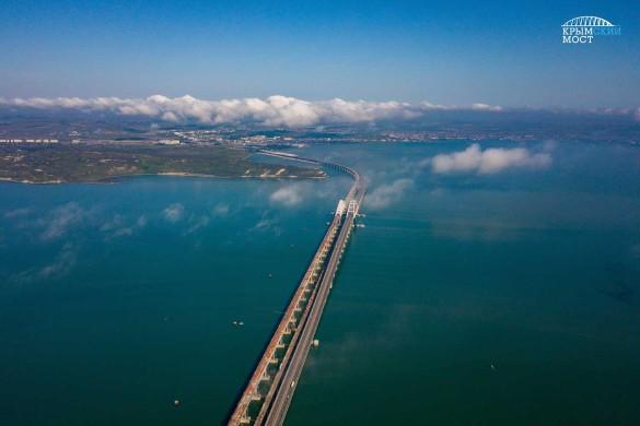 Первые поезда проедут по Крымскому мосту в декабре. Фото: most.life
