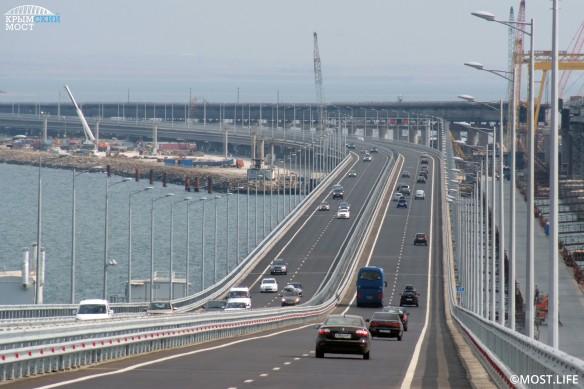 В конце этого года на Крымском мосту откроется железная дорога. Фото: most.life/multimedia