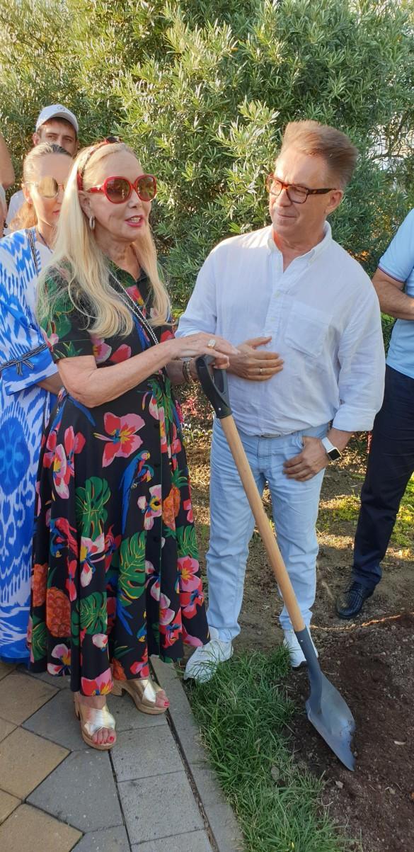 Нелли Кобзон и Владимир Березин. Фото: Дни.ру