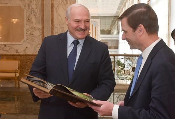 Александр Лукашенко и Дэвид Хэйл. Фото: president.gov.by