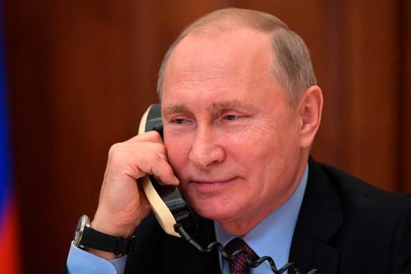 Владимир Путин и Владимир Зеленский говорили по телефону. Фото: kremlin.ru