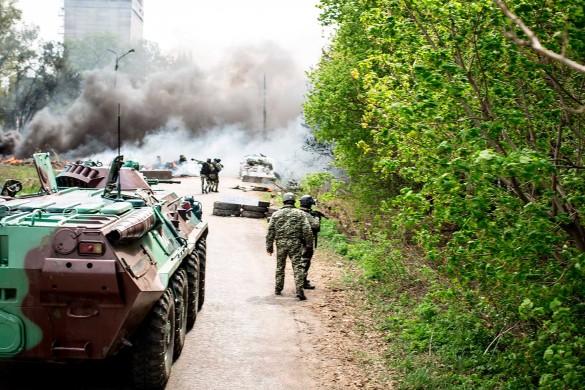 Петр Порошенко и война в Донбассе. Фото: www.globallookpress.com