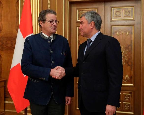 Жан-Рене Фурнье и Вячеслав Володин. Фото: duma.gov.ru
