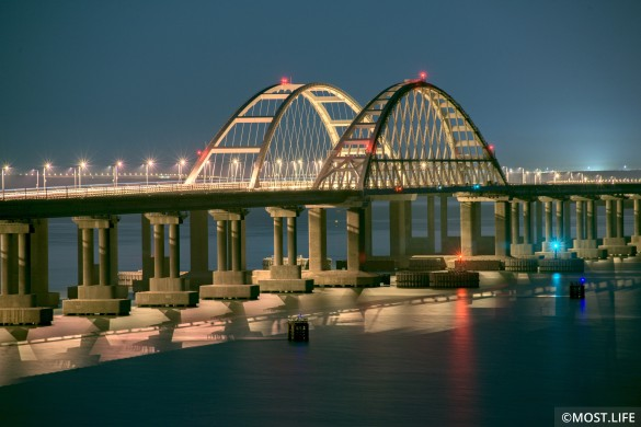 Владимир Зеленский подставился из-за Крымского моста. Фото: most.life/multimedia