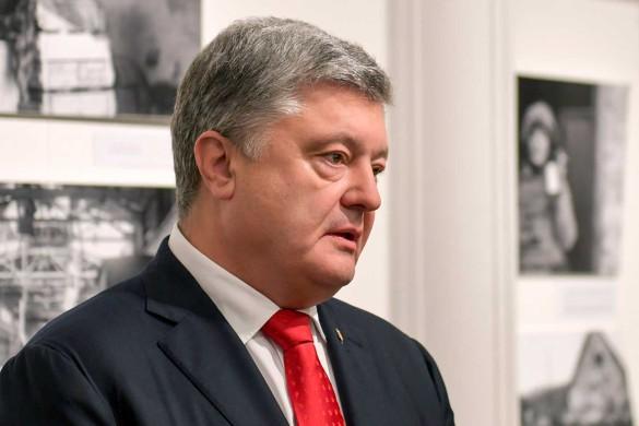 Владимир Зеленский становится похожим на Петра Порошенко. Фото: www.globallookpress.com