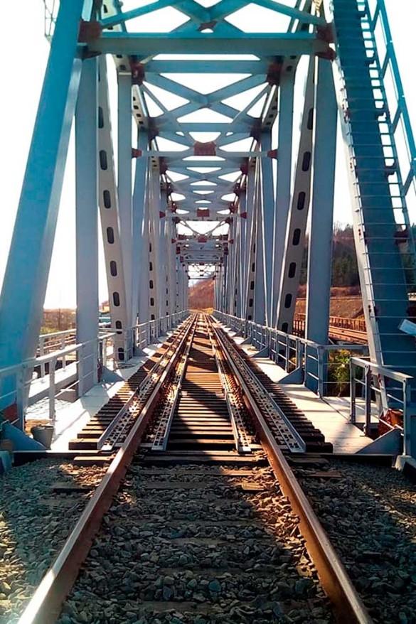 Компания Руслана Байсарова реализует проект реконструкции железнодорожного полотна на Сахалине