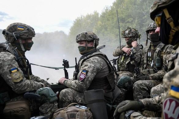 Порошенко обворовал армию?; Украина; 2019. Фото:flickr.com/ministryofdefenceua