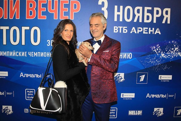 Андреа Бочелли с супругой Вероникой. Фото: Пресс-служба