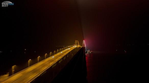 Крымский мост поезд. Фото: most.life/multimedia