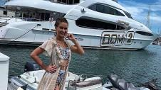 Марина получила роскошный приз – ключи от нового