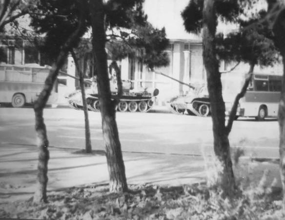 Танки советской армии в Баку, январь 1990 года. Фото: commons.wikimedia.org