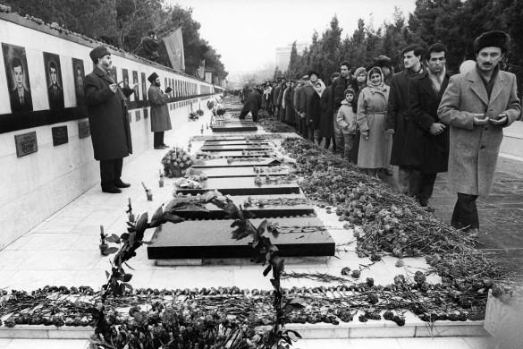Могилы погибших в ходе событий 20 января. Фото: commons.wikimedia.org