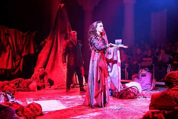 Фото: helikon-opera.com