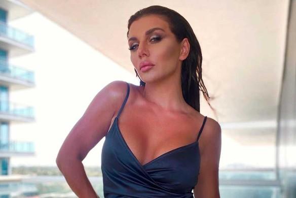 Анна Седакова. Фото: instagram.com/annasedokova
