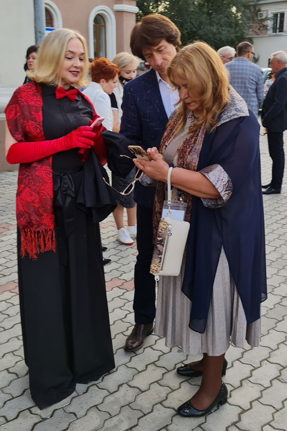 Марина Яковлева и Наталья Бондарчук. Фото: Феликс Грозданов/Дни.ру