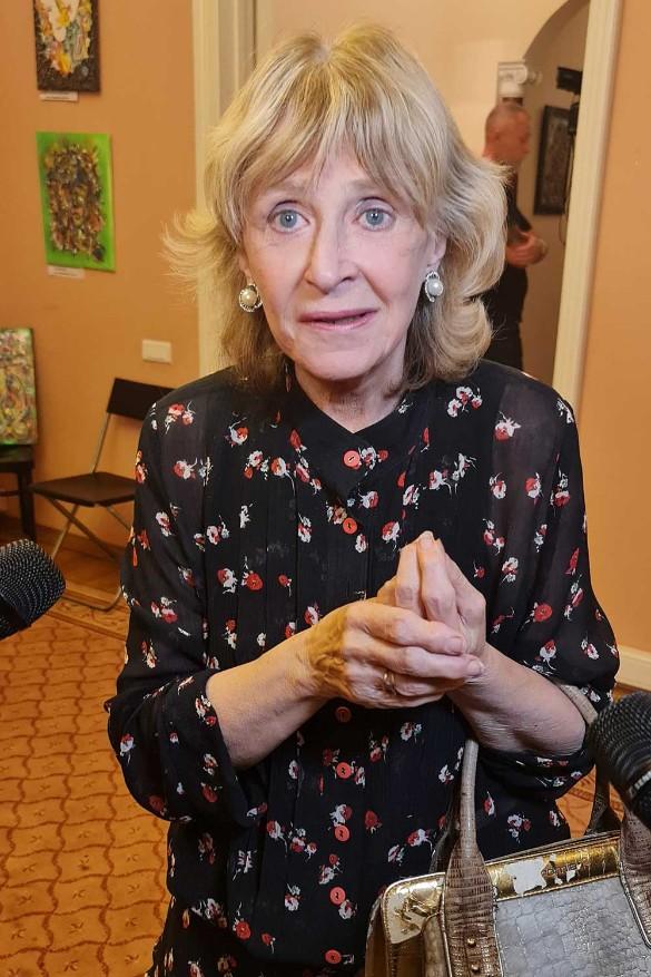 Божий одуванчик: 71-летняя Регина Дубовицкая изменилась до неузнаваемости