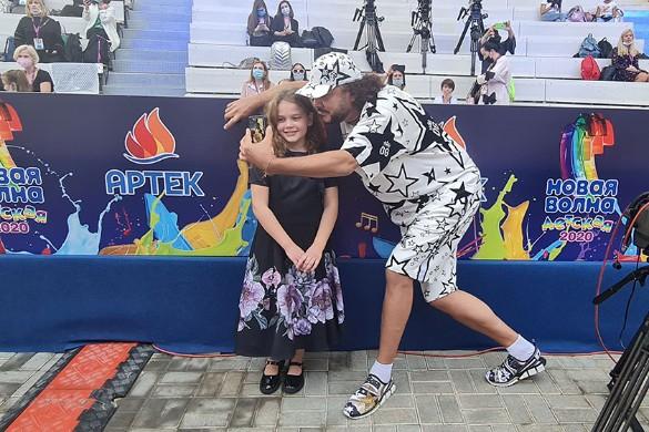Юная фаворитка Пугачевой: С Аллой Борисовной сегодня не общаемся!
