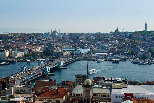 Залив Золотой рог в Стамбуле. Фото: Sonja Jordan/imageBROKER.com/www.globallookpress.com