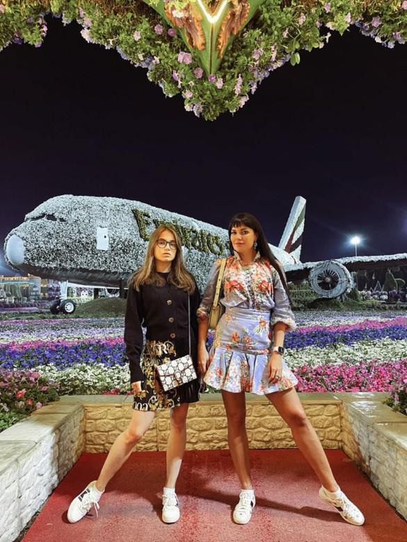 Катя Гусева с дочерью. Фото: пресс-служба