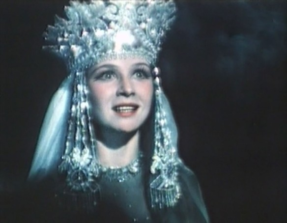 "Нинель Мышкова. Кадр из ""Садко"" (1952)"