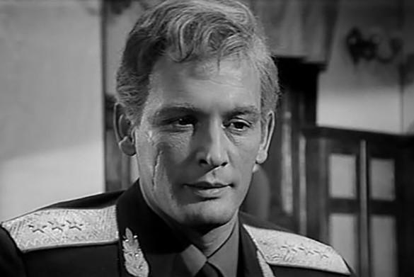 """Кадр из фильма """"Офицеры"""" (1971)"""