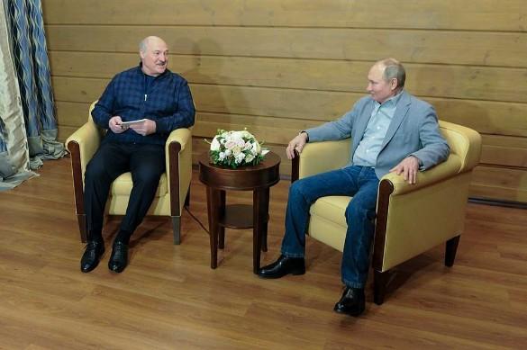 Александр Лукашенко и Владимир Путин. Фото: Алексей Дружинин/ТАСС