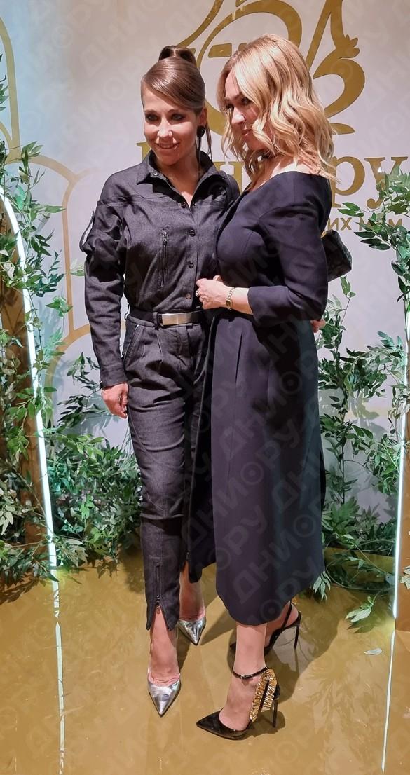 Юлия Барановская и Яна Рудковская. Фото: Феликс Грозданов / Дни.ру