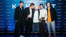 Евгений Стычкин с актерами сериала