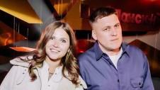 Комик Александр Незлобин и актриса Юлия Топольницкая. Фото: пресс-служба