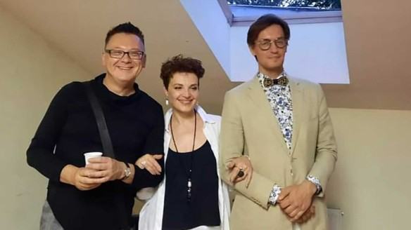 Влад Васюхин с актрисой и режиссером. Фото: Пресс-служба