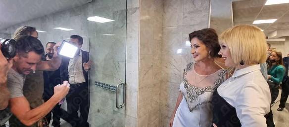 Мальков снимает Макееву с Валерией. Фото: Дни.ру