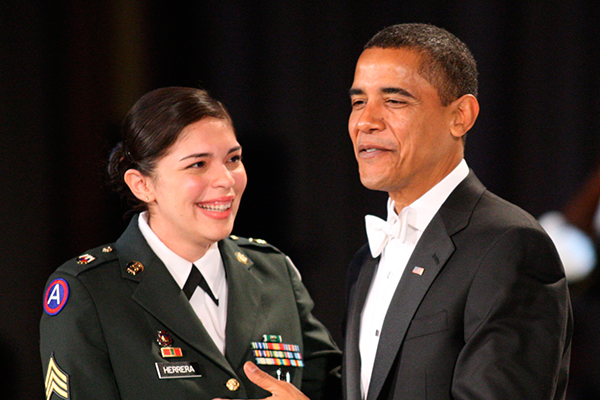 Обама пригласил на танец сержанта