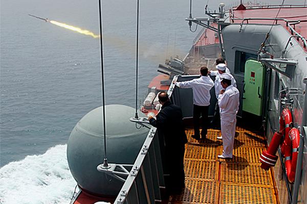 Флот начал морской бой