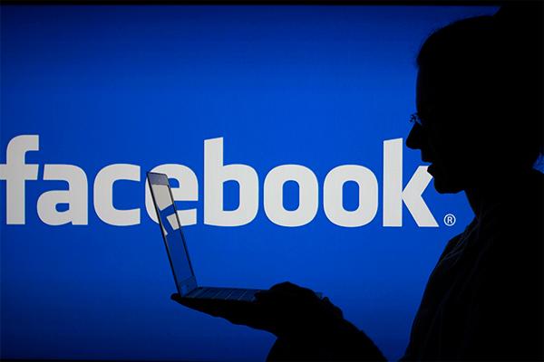 У Facebook и Twitter требуют регистрацию