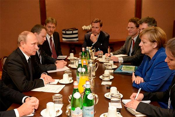 Меркель встретилась с Путиным