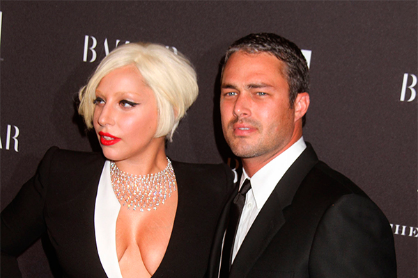 Леди Гага доводит до слез своего мужа
