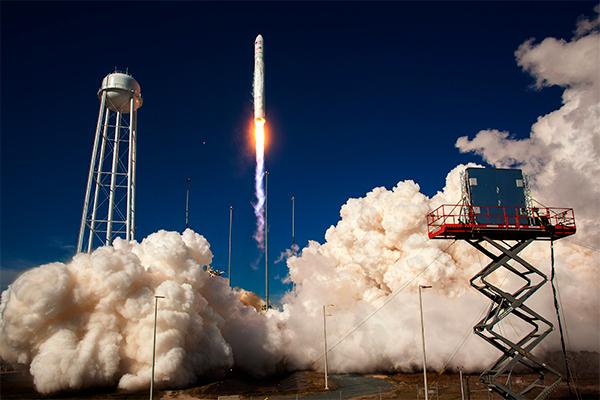 NASA купит ракетные двигатели в России