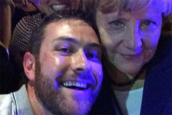 Меркель в Австралии пошла в бар