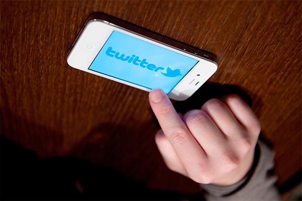 Twitter следит за пользователями