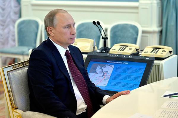 """Путин наблюдал запуск """"Ангары"""""""