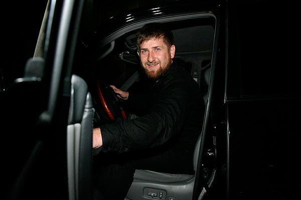 Кадыров готов ехать в Донбасс