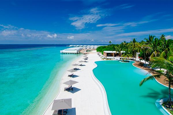Мальдивы манят городом-курортом