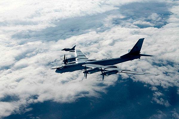 Ту-95 довели Британию до истерики